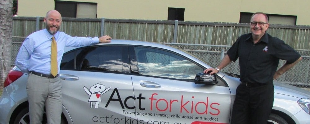 Mercedes Benz Brisbane Goes Extra Mile Act For Kids